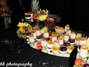 Dessertbuffet panna cotta, brésiliennemousse en een chocoladefontein
